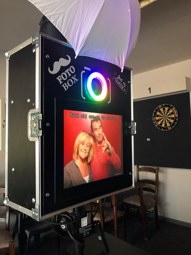 Photobooth in zwarte kleur met DSLR Camera van Canon